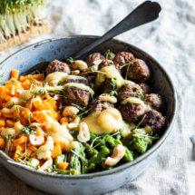 zoete aardappelrijst met gehaktballetjes