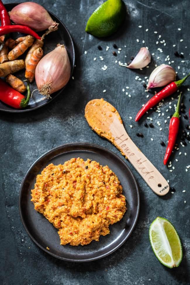 Eenvoudige currypasta