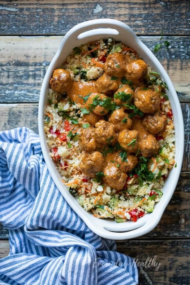 Curry gehaktballetjes met bloemkoolrijst