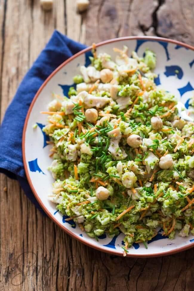 Broccolisalade met hazelnootjes