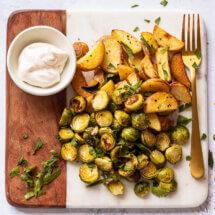 geroosterde aardappels met spruitjes