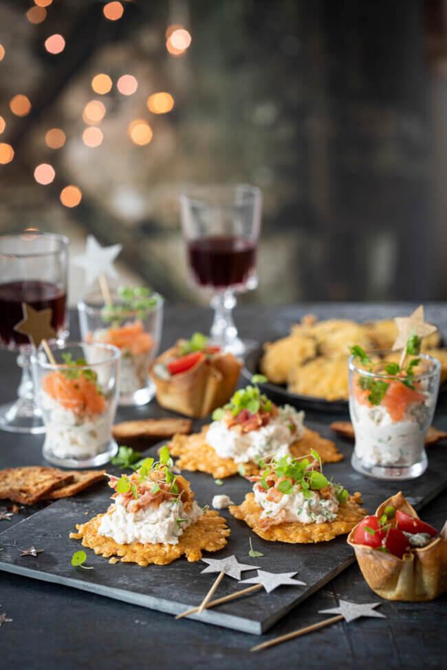 parmezaan crackers met kruidenricotta