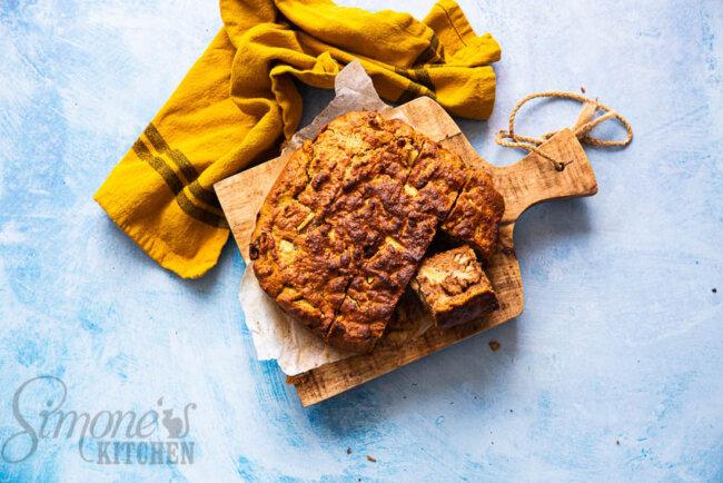 Appelcake met walnoten