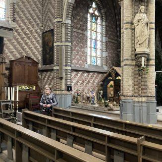 Anny van de Kimmenade in de Sint Trudokerk in Stiphout