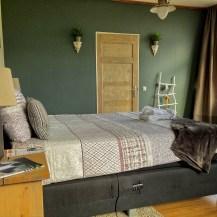 De slaapkamer die sfeervol is ingericht