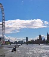 river thames and the london eye