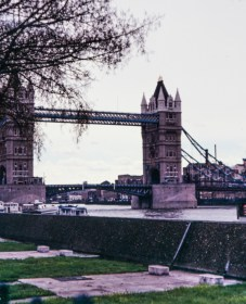Views around London c1980 on colour slide film - Tower bridge