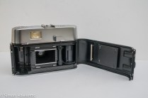 Voigtlander Vito automatic 35mm viewfinder camera showing film chamber