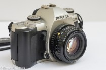 Pentax MZ-M 35mm manual focus slr showing lens release and dof preview