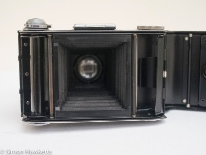 Voigtlander Bessa 66 - inside of camera