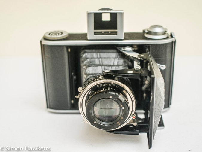Voigtlander Bessa 66 with lens open