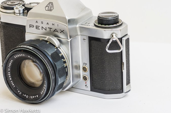 Pentax S1 35mm slr - FP and X flash sync sockets