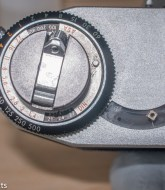 A picture of the uncoupled exposure meter of a camera