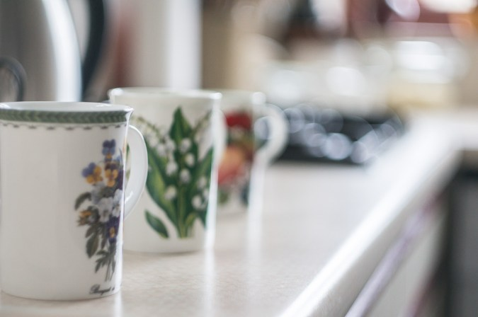 Helios 44M sample pictures - Tea mugs