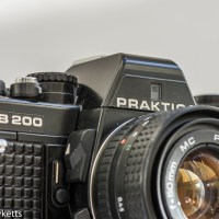 Praktica B200 electronic camera review