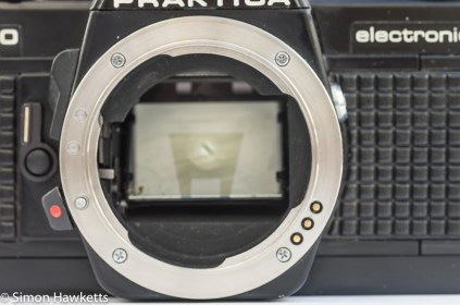 Praktica B200 PB lens mount showing aperture contacts
