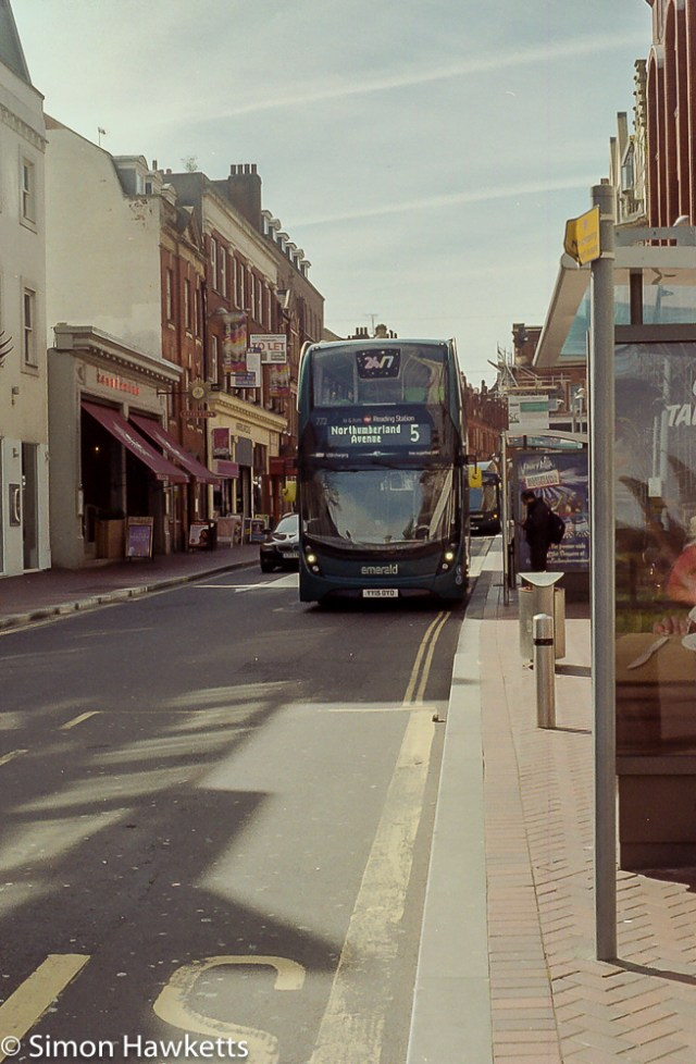 Minolta X-700 sample pictures - Bus No 5 in Reading