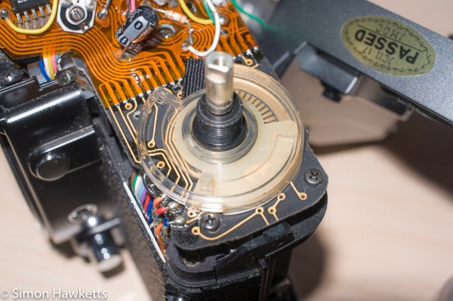 Minolta XG-M repair - Picture of the ISO / compensation control