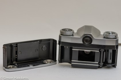 Zeiss Ikon Contaflex alpha - bottom cover removed