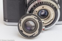 Zeiss Ikon Contaflex alpha - front lens element removed showing fixing system