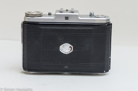 Zeiss Ikon Nettar II 517/16 showing rear door open closed and frame count door