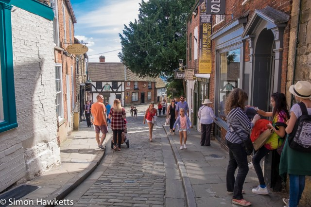 Lincoln city pictures with fuji x-t1 - Looking down steep hill