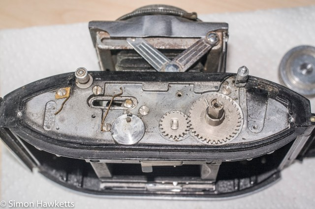 Agfa Karat f/3.5 top cover strip down - mechanism removed for cleaning