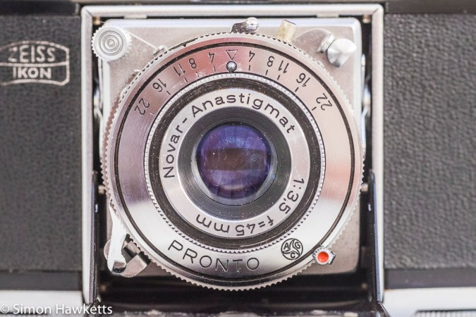 Zeiss Ikon Contina I 35mm viewfinder folding camera - Novar lens and Pronto shutter