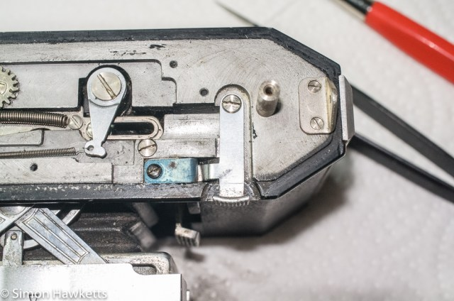 Cleaning and servicing the Agfa Karat 12 film advance. 27
