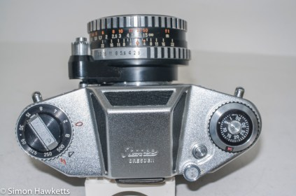 Exakta Exa 500 35mm film camera - camera top showing controls