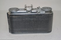 Voigtlander Vito 35mm folding camera - back door with door closed