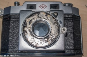 Agfa Karat IV shutter repair - Shutter exposed
