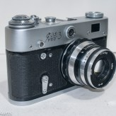 Fed 3 rangefinder camera - Side view showing self timer