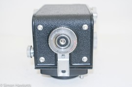 Yashica 635 TLR case back lock