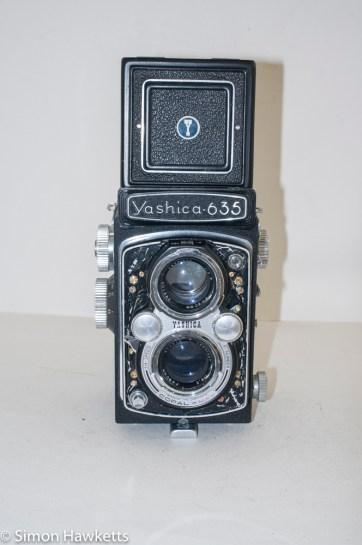 Yashica 635 TLR front view