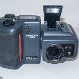 Nikon Coolpix 995 digital camera - Front view with flash raised