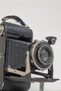 Nagel Vollenda medium format folding camera