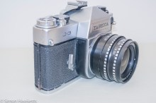 Yashica J-3 35mm slr camera - Side view showing self timer