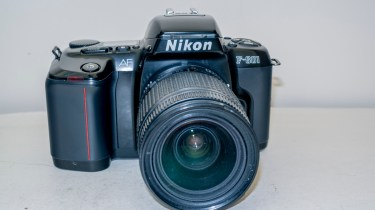 Nikon F-601 autofocus SLR - Front view of camera with 28 - 80 Nikon lens