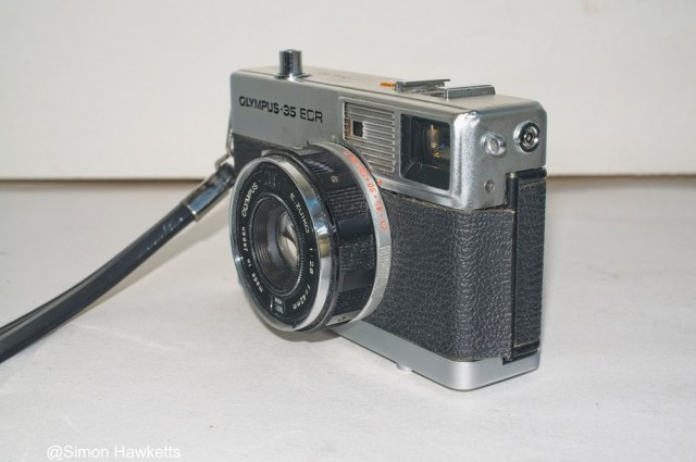 Olympus 35 ECR rangefinder - Side view with flash sync port