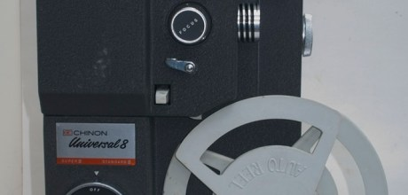 Chinon Universal 8 projector - Take up spool loaded