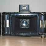 Folding Camera : Rear view with film chamber open