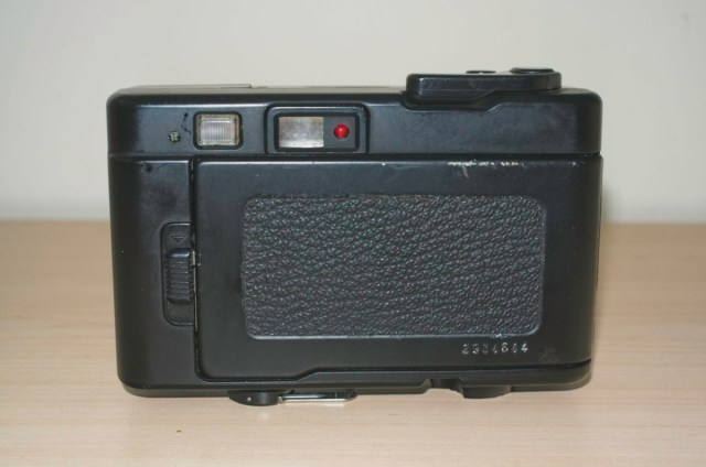 Konica Pop 35mm Snapshot camera from 1982 1