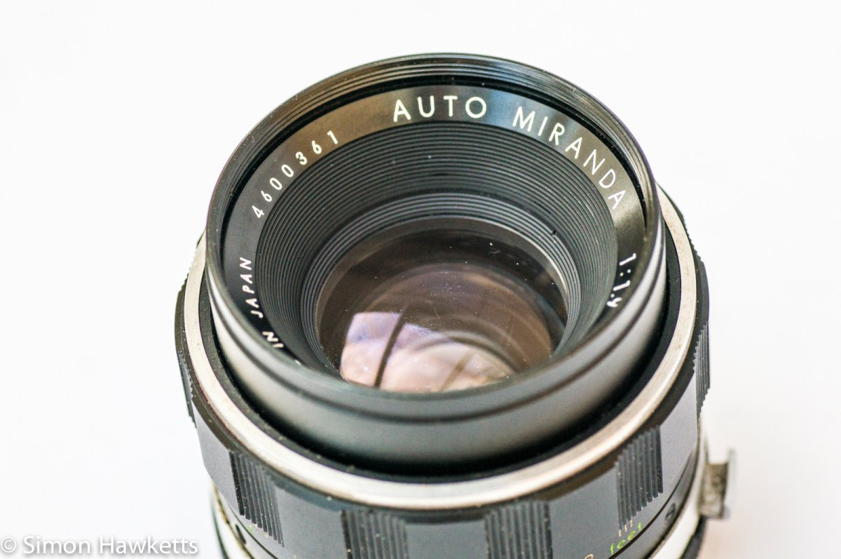 Strip down and clean an Auto Miranda 50mm f/1.9 lens aperture
