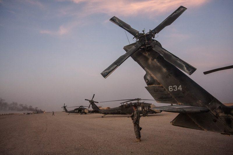 UH-60 Blackhawk MEDEVAC-Hubschrauber der US-Armee auf FOB Dwyer in Helmand, Afghanistan. (c) Simon Klingert