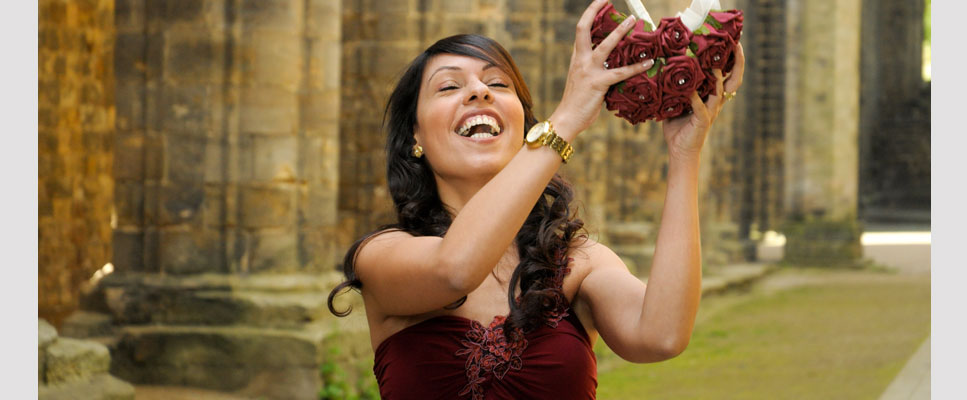 Bouquet catch at Kirkstall Abbey, Leeds 1