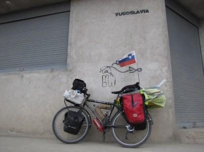 Calle Yugoslavia