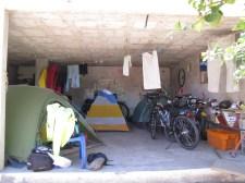 El Buncker - Casa de Ciclistas Tumbaco