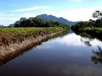 Canal dos Escravos