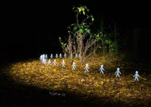 light-painting-army